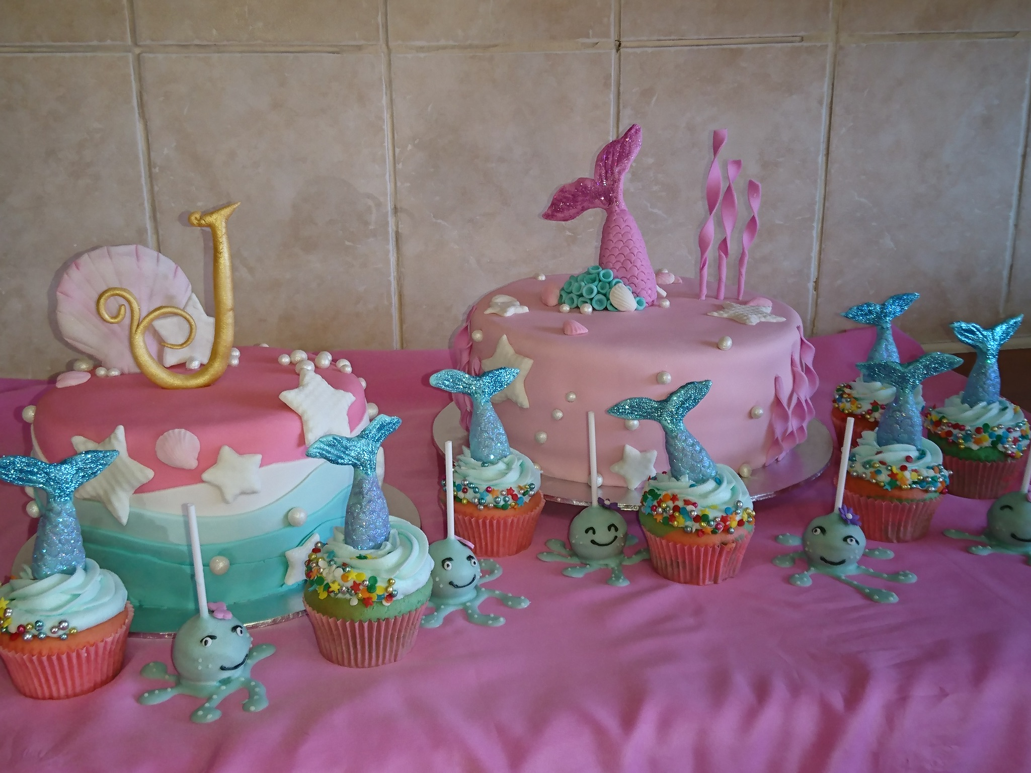 Mermaid Cake & Cupcakes