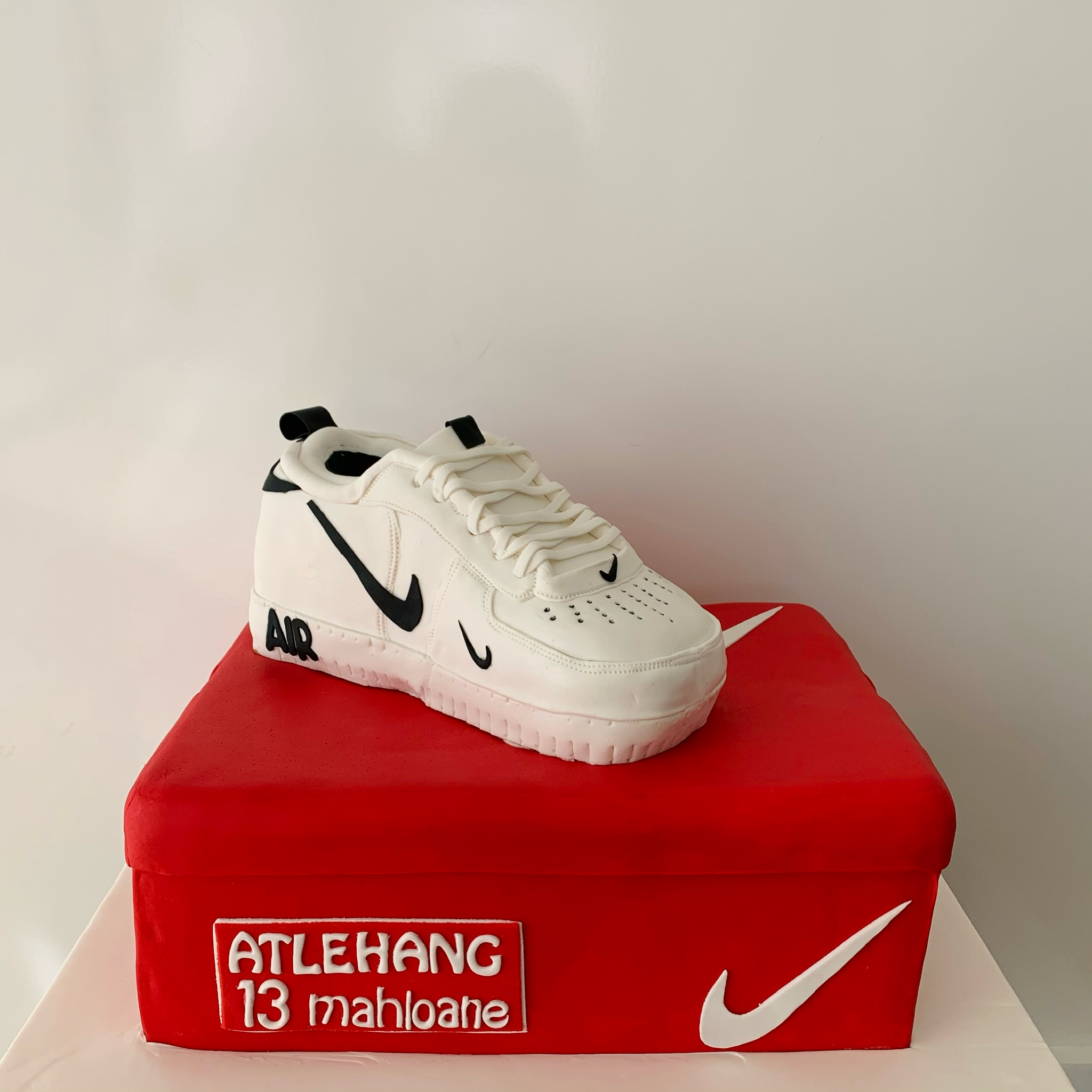 Custom Luxury Nike Air Cake